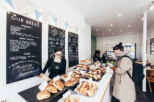 Falmouth_bakertoms_bakery_2017