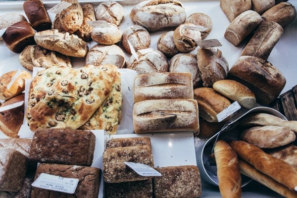 BakerTom's, Bakery, coffee, cakes, bread, pastries, window display, Falmouth, 2017